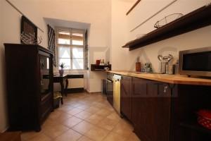 kuchyň - Pronájem bytu 2+1 Praha 1 - Hradčany, Loretánské náměstí