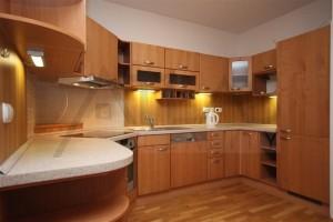 kuchyňský kout - Pronájem bytu 2+kk, 66 m2, Tibetská, Praha 6 Červený Vrch