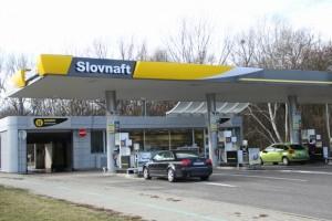SLOVNAFTu v roce 2004