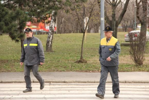 měsíční mzda na Slovensku rostla