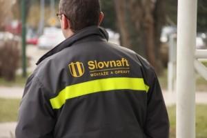 společnostmi SLOVNAFT