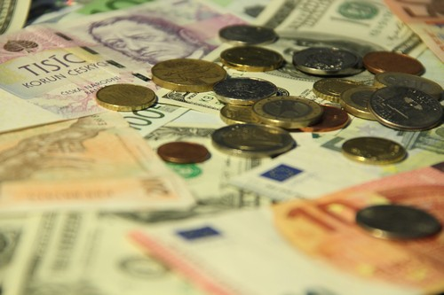 Minimální mzda na Slovensku se od úterý zvyšuje na 520 eur