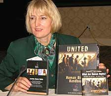 Leisa Goodman – Ředitelka Organizace pro lidská práva v Scientologii církve
